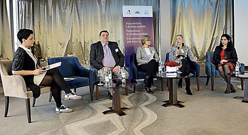 Kako direktna prodaja pruža mogućnosti ženama da ostvare poduzetnički potencijal