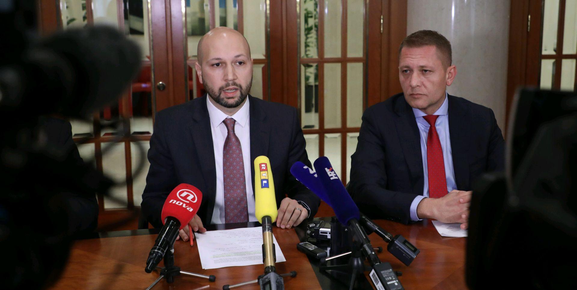 HDZ traži opoziv Zmajlovića, on ih optužio za kupovinu vijećnika