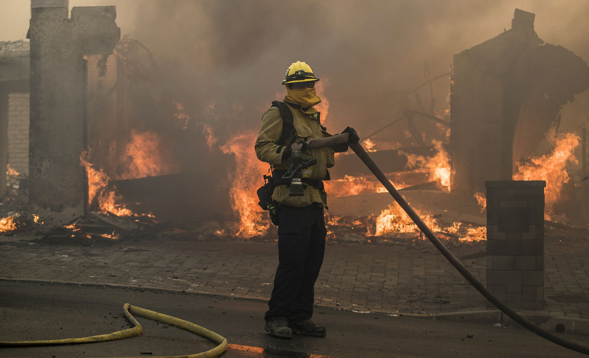 VIDEO: U Los Angelesu gore kuće, evakuirana elitna četvrt Bel-Air