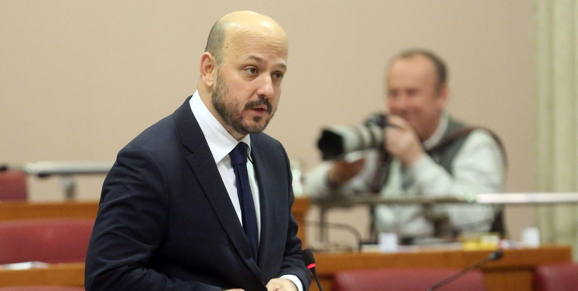SABOR Maras poručio Bandiću da prestane financirati Agrokor