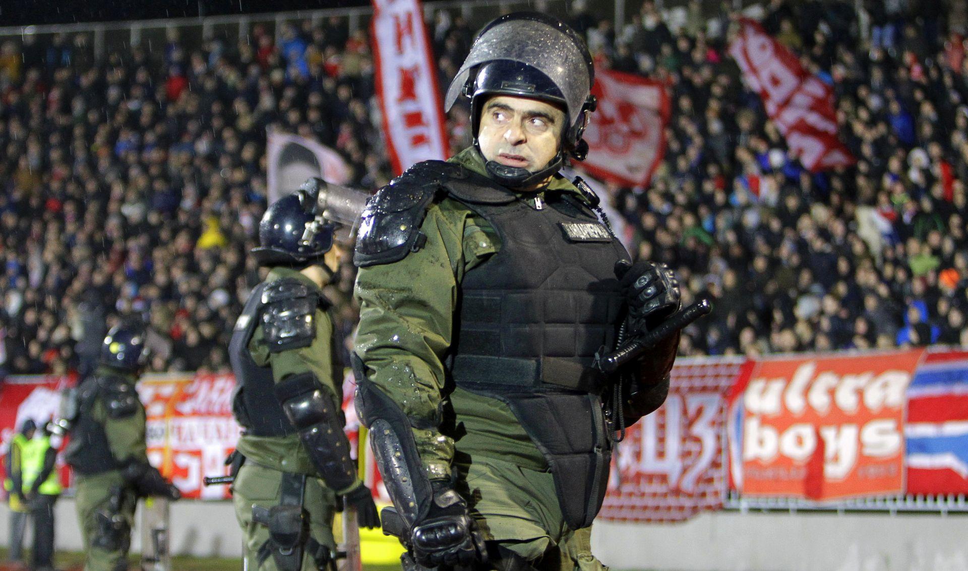 VIDEO: Pojavila se nova snimka pretučenih huligana iz Beograda