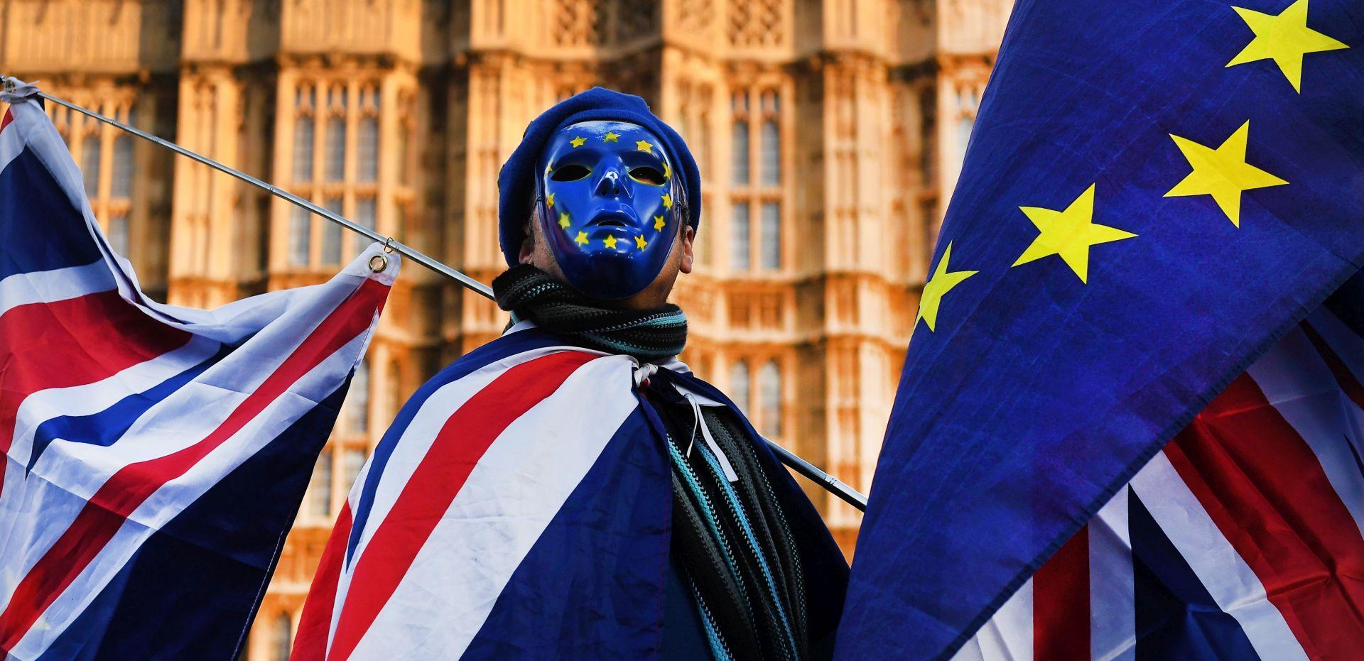 May najavljuje dva režima za EU građane u Britaniji nakon 2021.