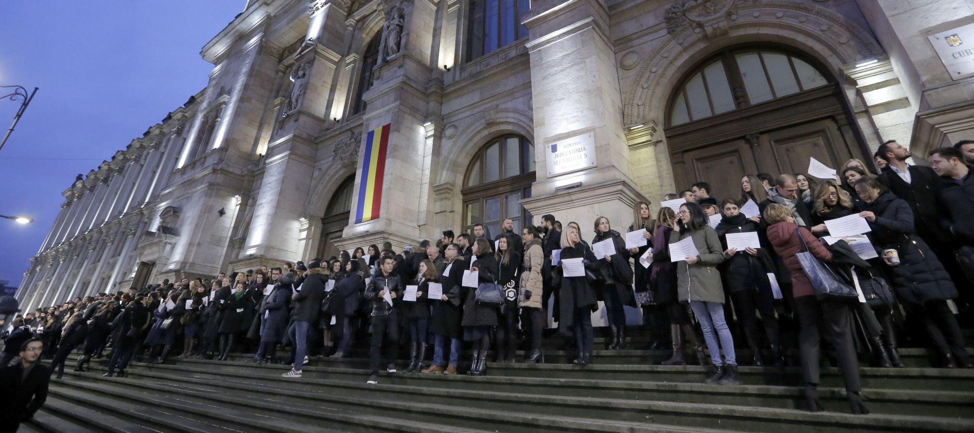 RUMUNJSKA Pravosudna reforma izglasana uz zvižduke