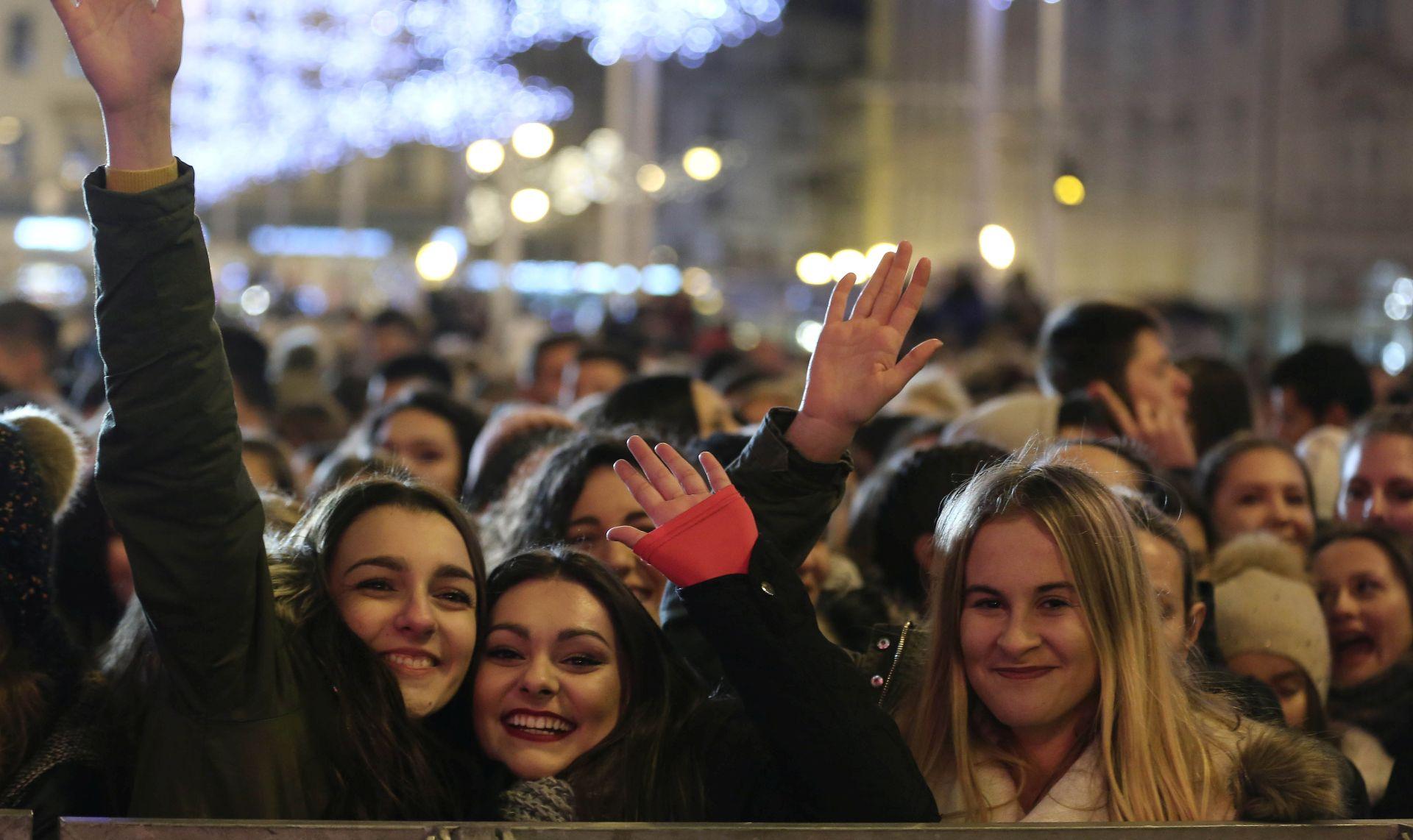 """Održan humanitarni božićni koncert """"Želim život"""" Zaklade Ana Rukavina"""
