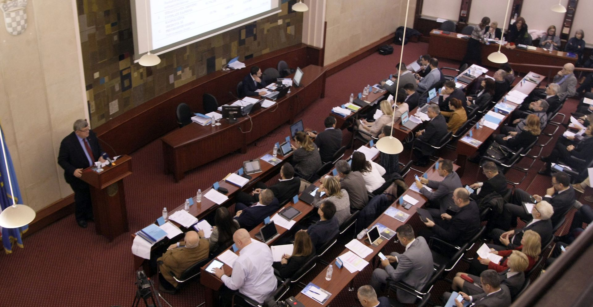 Gradsko vijeće jednoglasno protiv kupnje većinskog paketa dionica HNK Rijeke