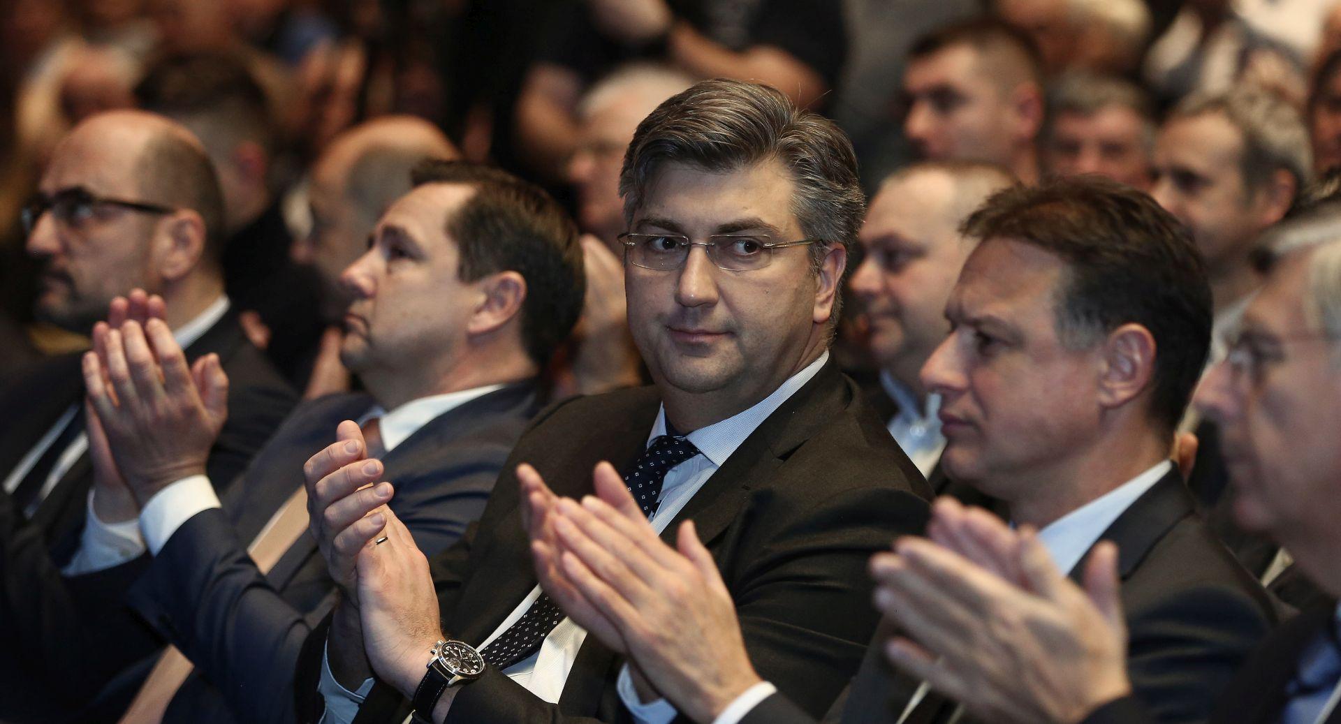 Plenković o prvim potezima Vlade u 2018.