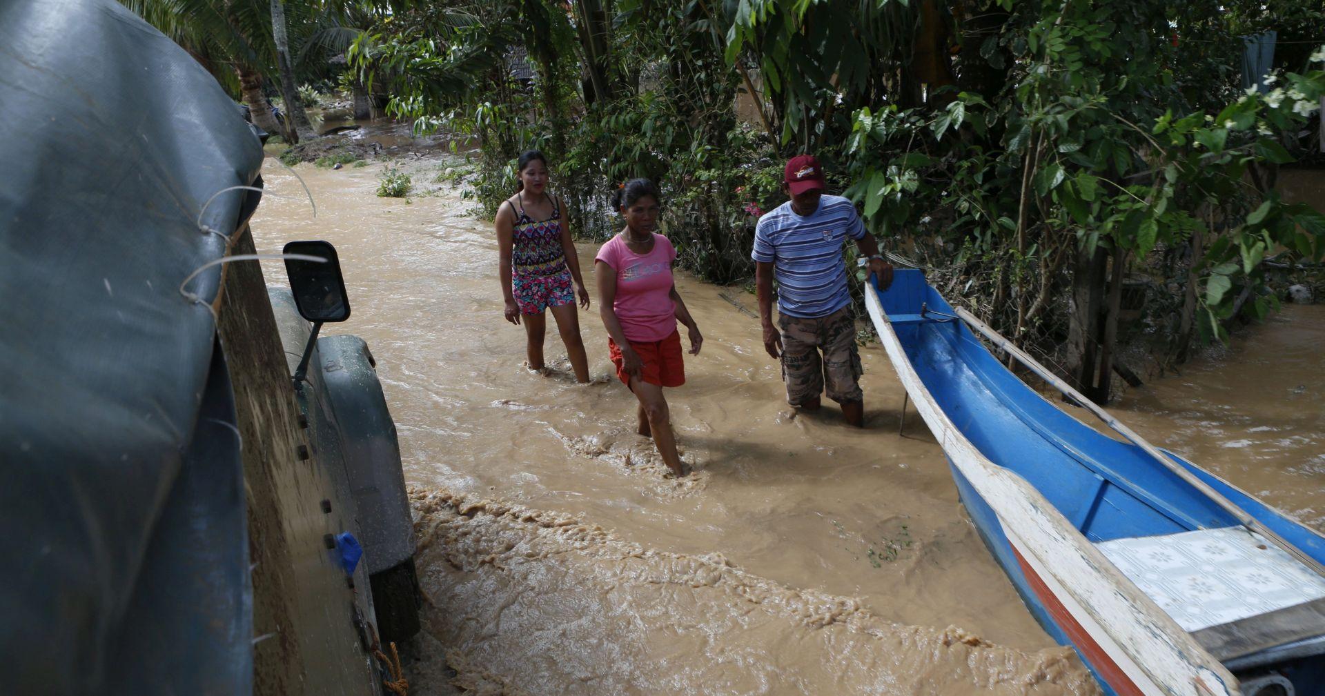 BOŽIĆNO ČUDO Spašena Filipinka koju je poplava odnijela 900 kilometara