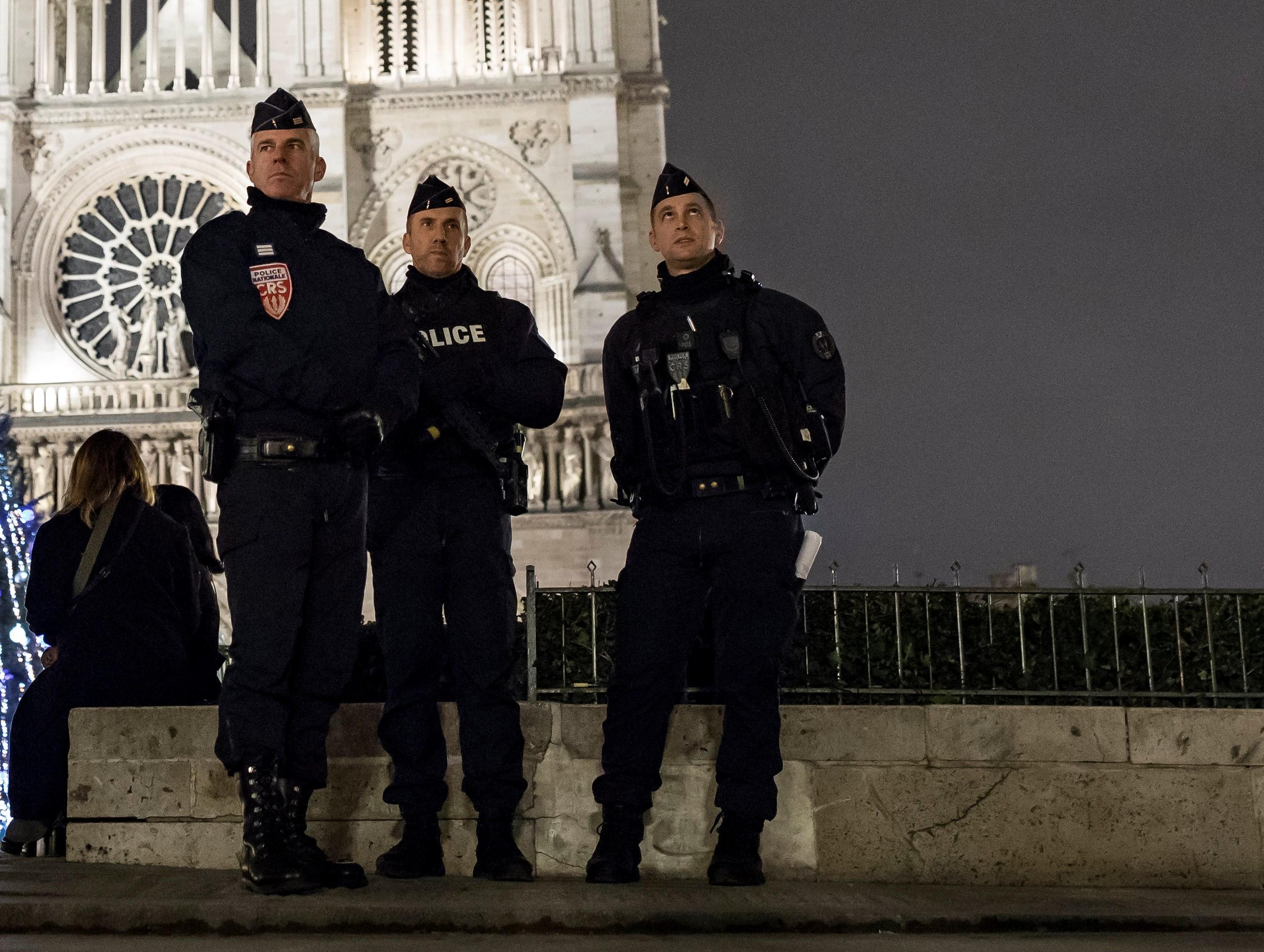 Europa čeka Novu godinu oprezno