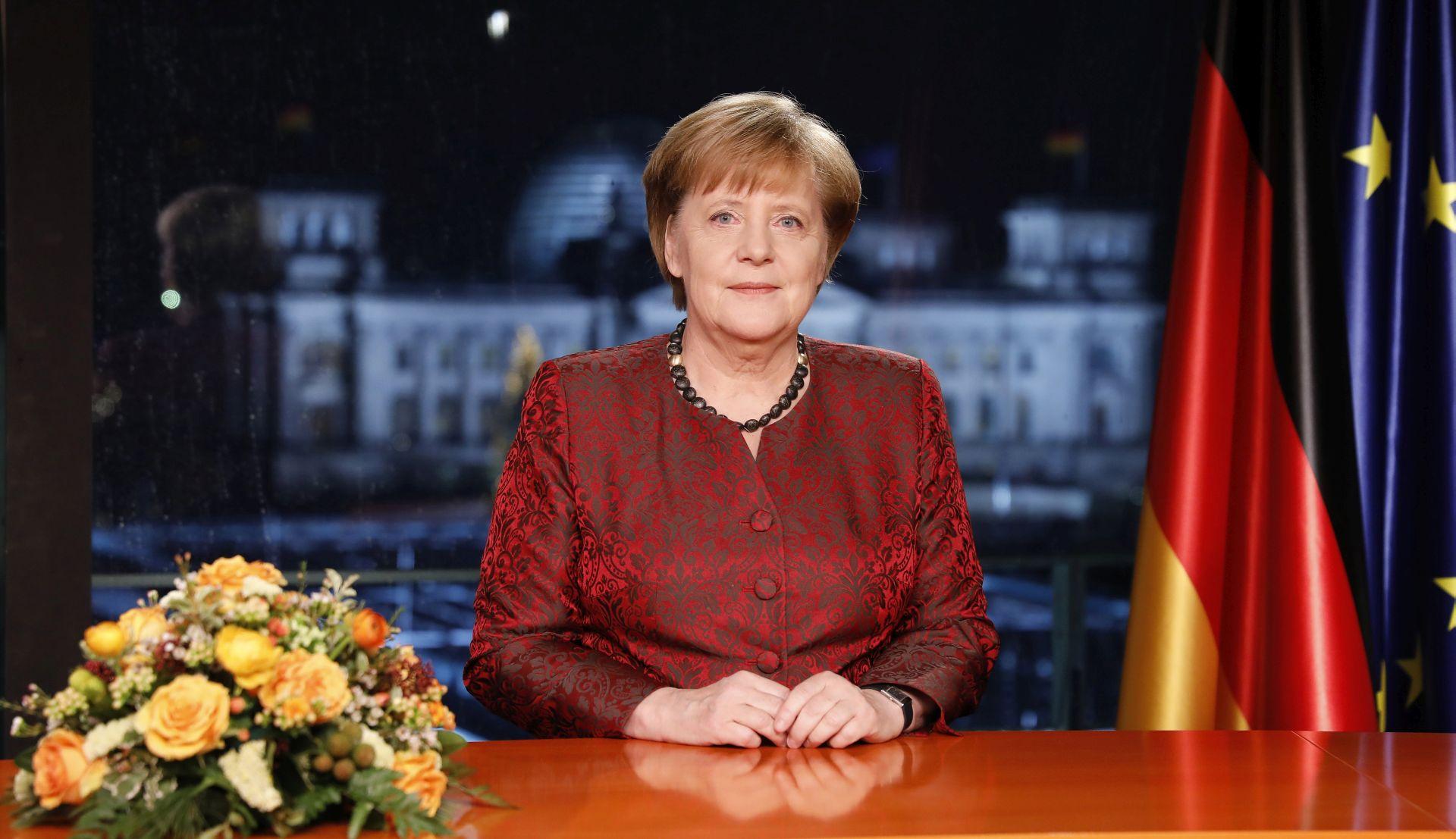 Angela Merkel zove BiH predsjedništvo u Berlin