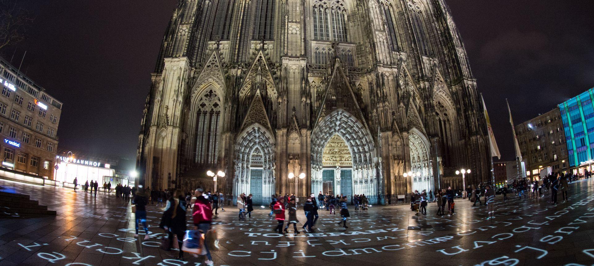 Njemački biskup želi otvorenu raspravu o blagoslovu istospolnih parova