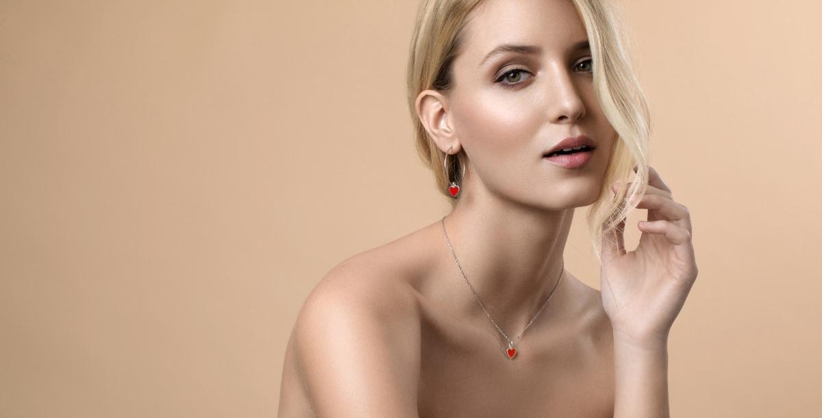 FOTO: Iva Viljevac prestavlja prigodnu kolekciju nakita od srebra