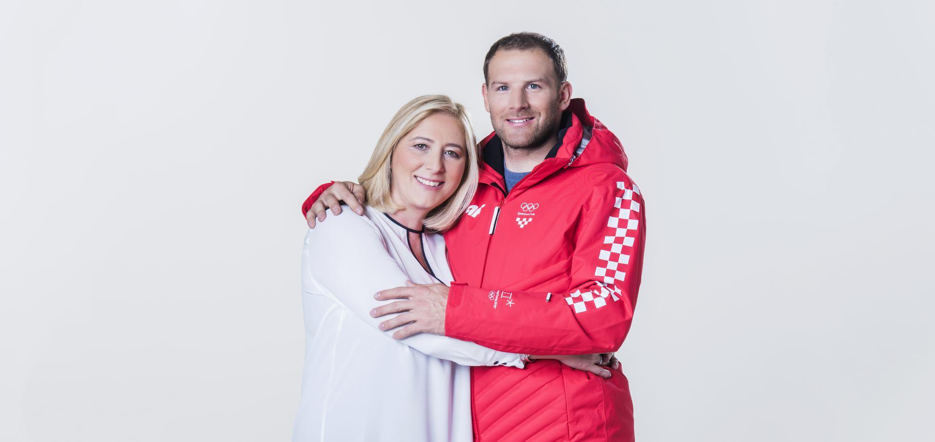 PROCTER&GAMBLE Natko Zrnčić Dim i njegova majka zaštitna su lica kampanje 'Hvala ti mama'