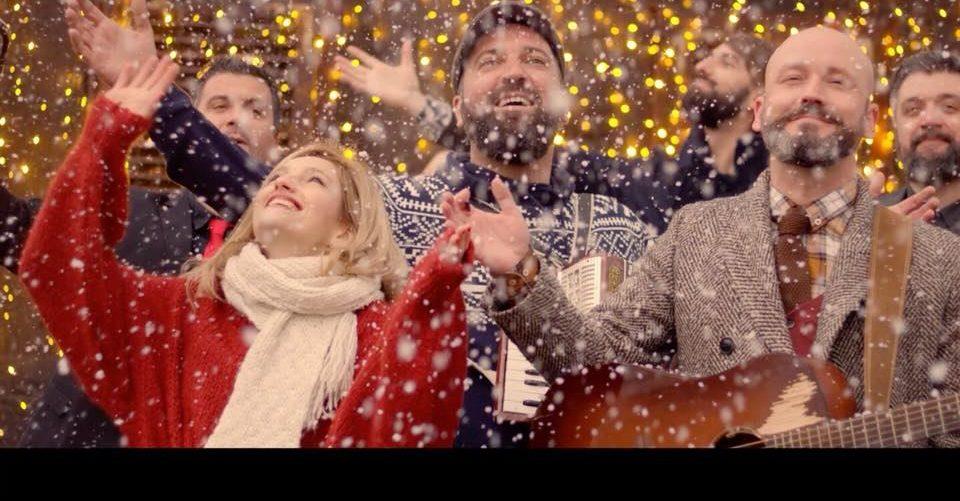 VIDEO: Koncerti, DJ kućica na stablu i stepenište hit su među posjetiteljima Adventa na Strossu