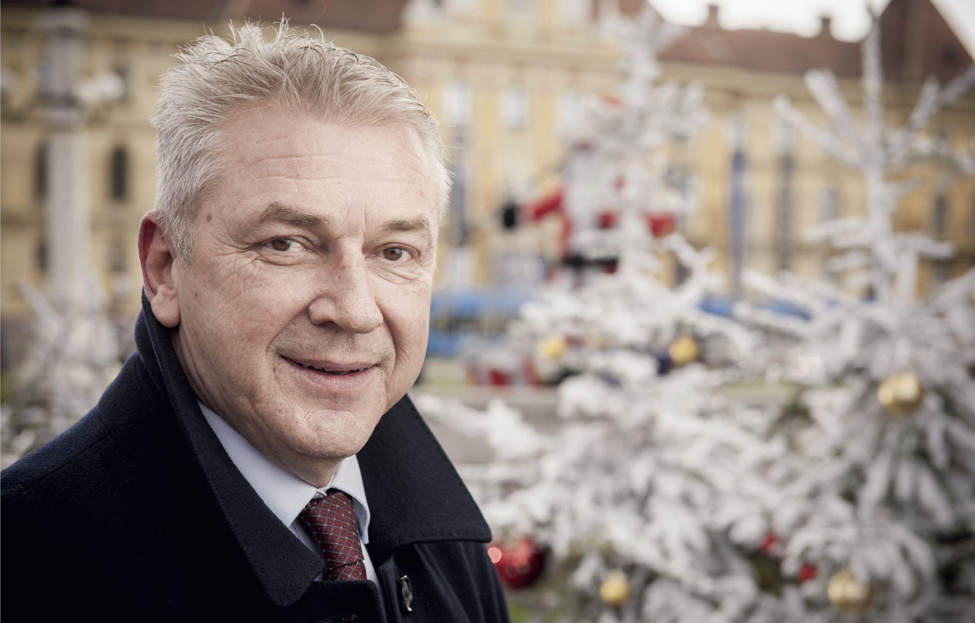 INTERVIEW: RANKO OSTOJIĆ 'Plenković se zbog manjka hrabrosti odlučio prilagođavati POPULISTIČKOJ HISTERIJI'