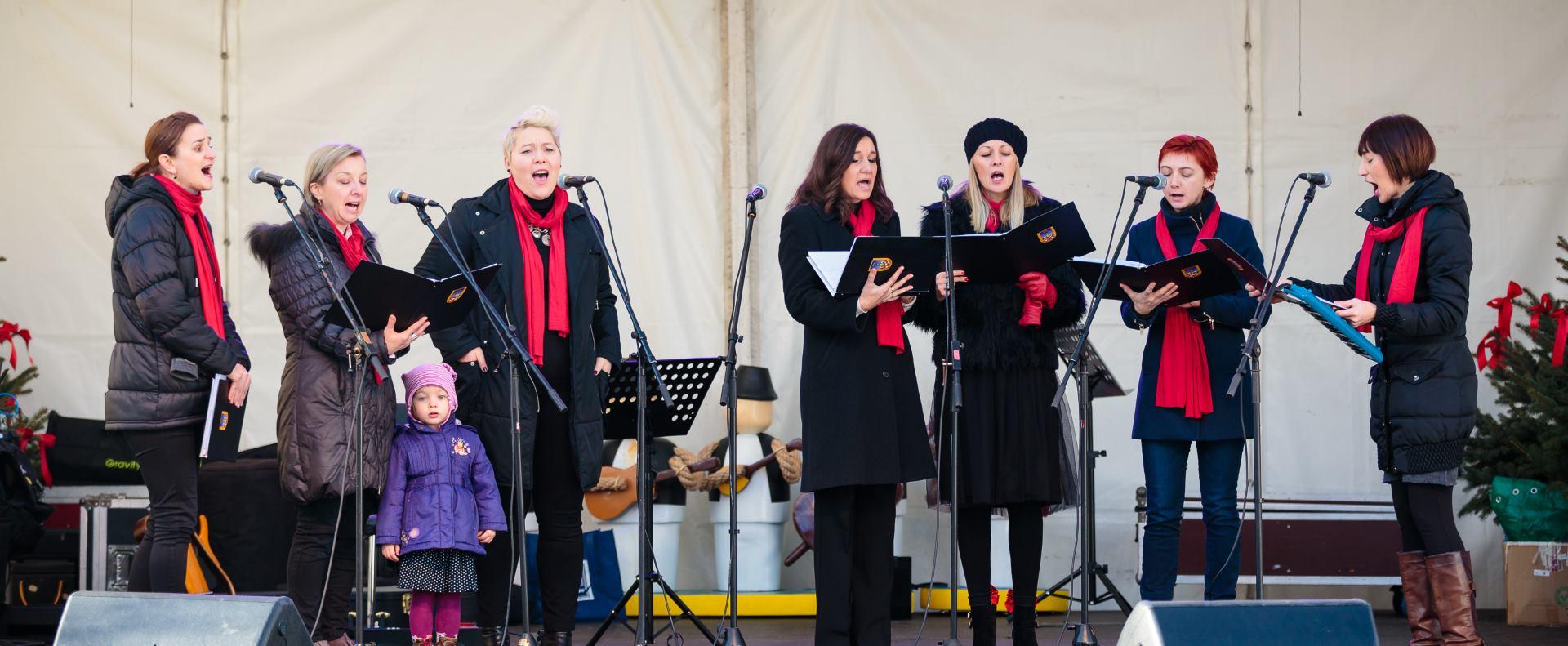 FOTO: Marija Borić, Ana Begić Tahiri i Damir Kedžo oduševljeni Adventom u Mariji Bistrici