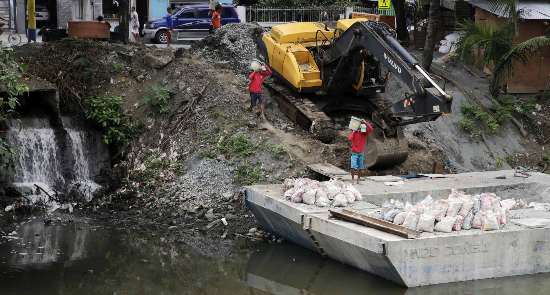 FILIPINI 26 mrtvih u klizanju tla nakon oluje