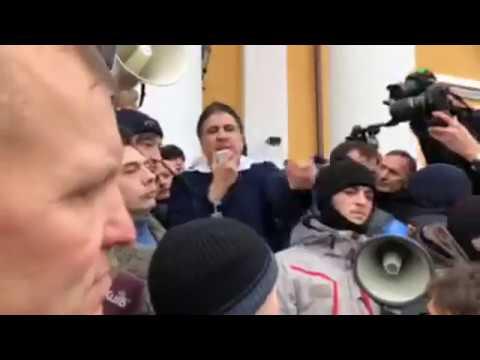 Ukrajinski prosvjednici oslobodili Sakašvilija iz policijskog pritvora