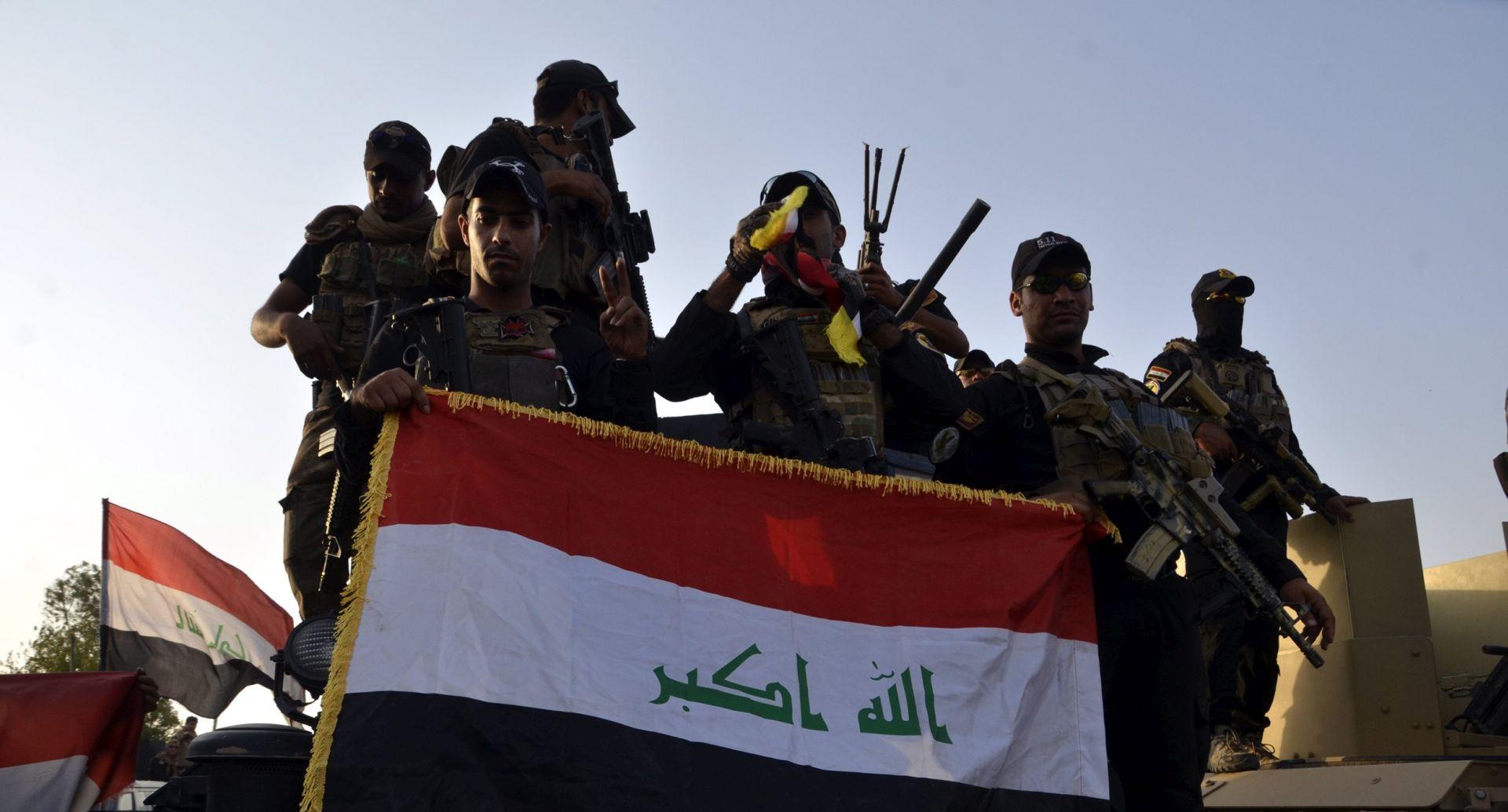 RAT PROTIV DAECHA Vojnom paradom Irak slavi pobjedu nad IS-om