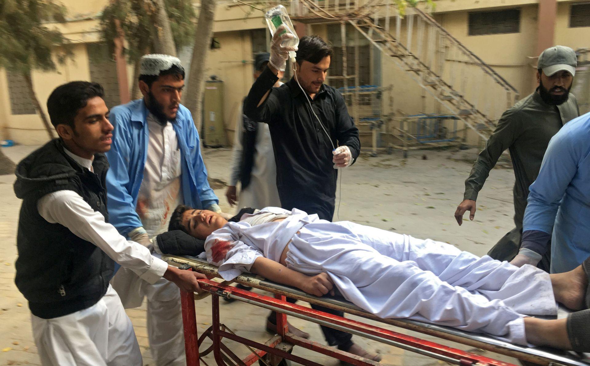 PAKISTAN Najmanje pet mrtvih u samoubilačkom napadu