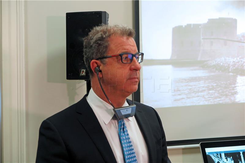 BRAMMERTZ 'U Haagu nije suđeno narodima nego počiniteljima ratnih zločina'