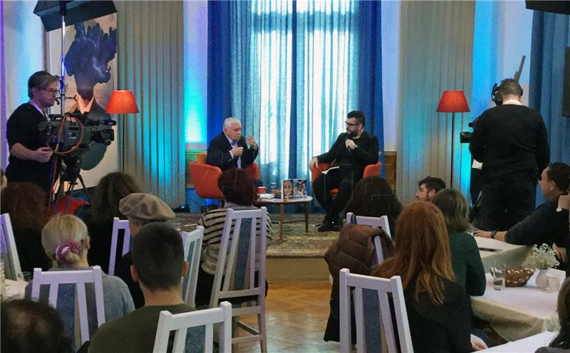 Laszlo Vegel – gost nedjeljnog 'Doručka s autorom' na Sajmu knjige u Istri