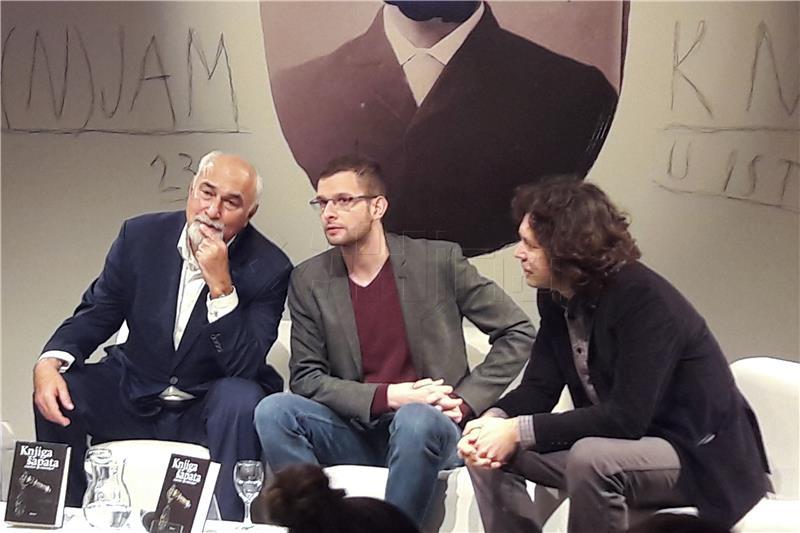 Na pulskom Sajmu knjige Varužan Vosganjan predstavio 'Knjigu šapata'