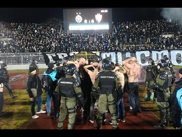 VIDEO: BEOGRAD Velika tučnjava navijača Partizana i Zvezde