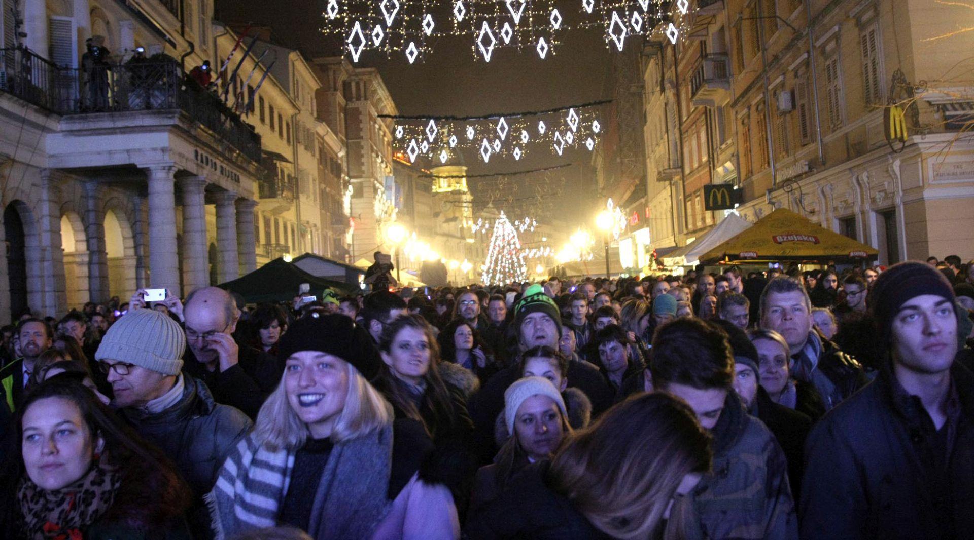 Riječani Novu godinu dočekali na Korzu i na Trsatu