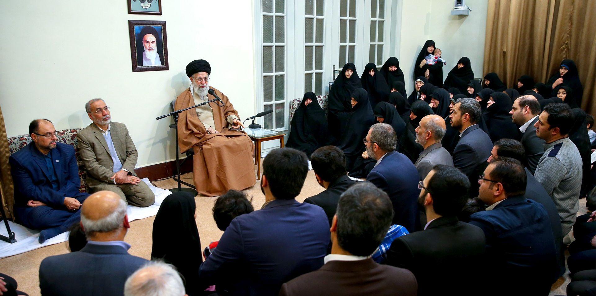 """Vrhovni vođa optužio """"neprijatelje"""" Irana za poticanje nereda"""
