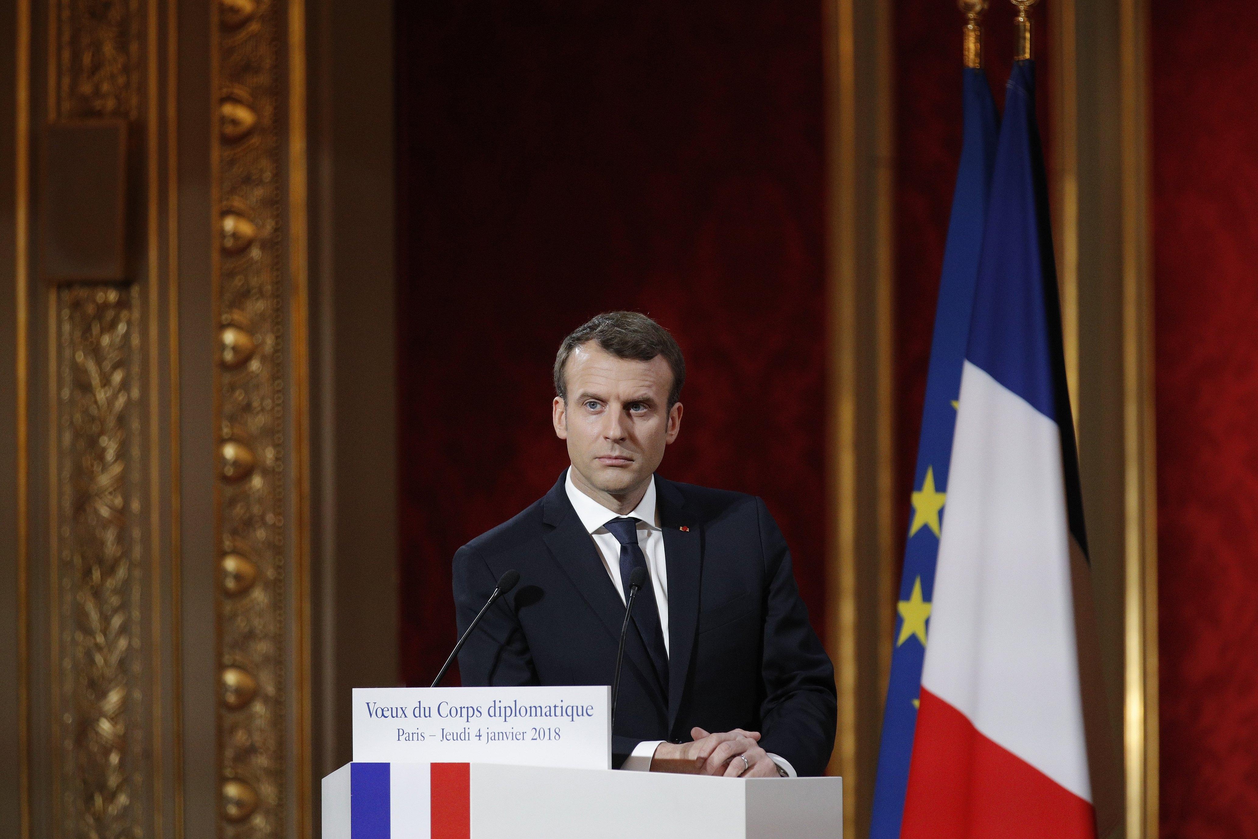 Macron: Promjena u Iranu moće doći samo iznutra