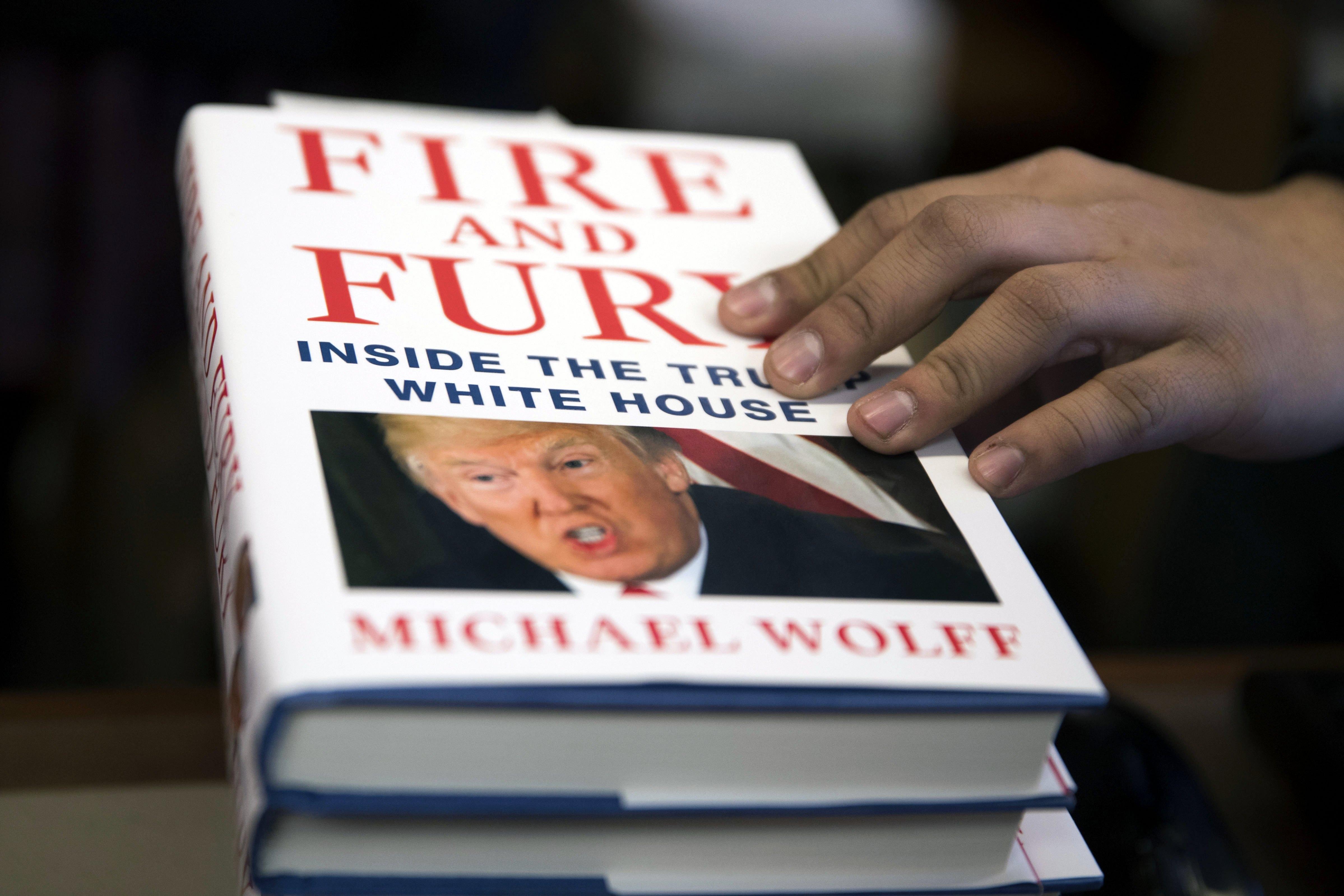 "Trump ponovno osudio ""lažnu knjigu"" Michaela Wolffa"