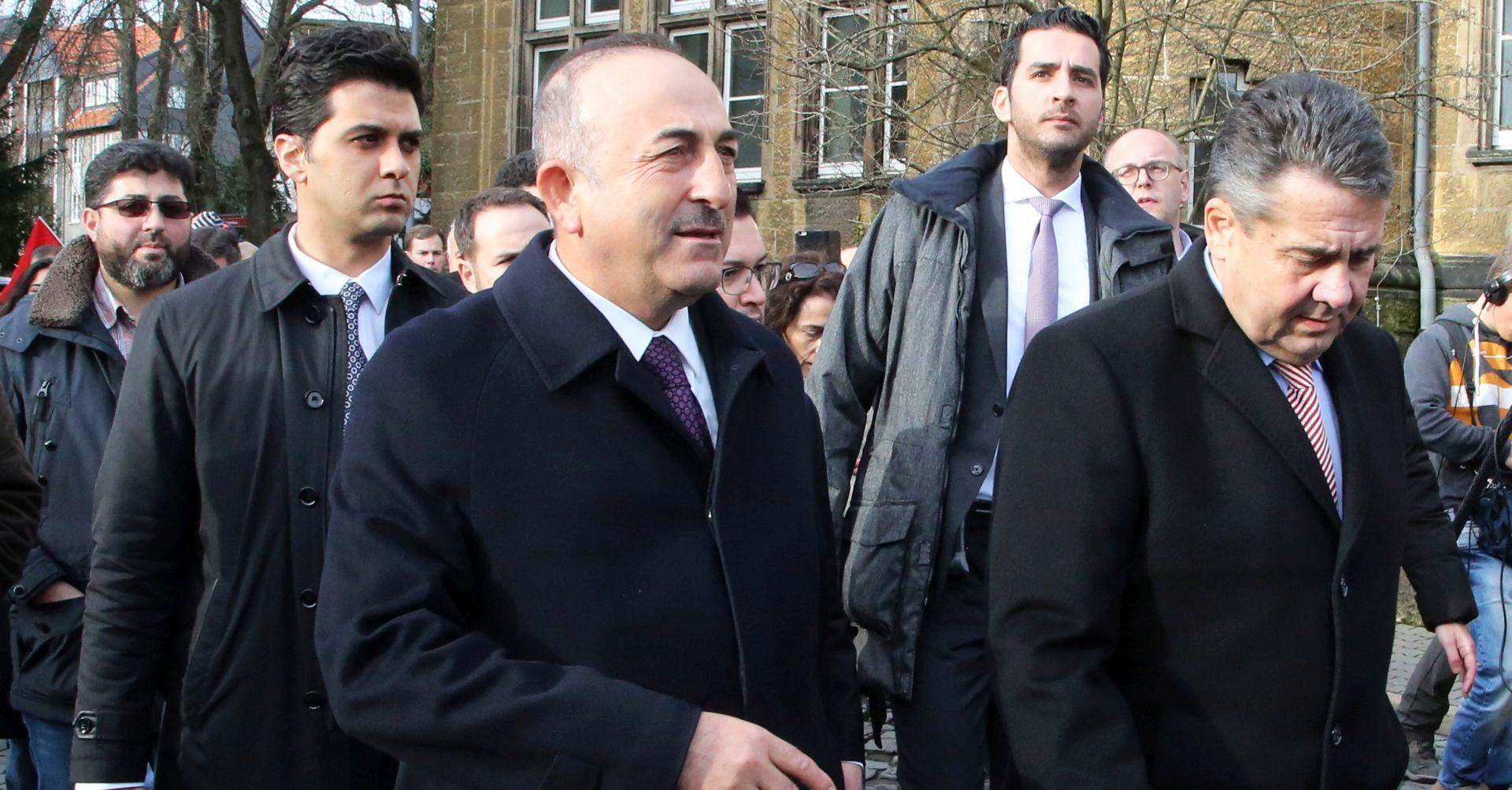 Njemačka i Turska obvezale se da će popraviti odnose