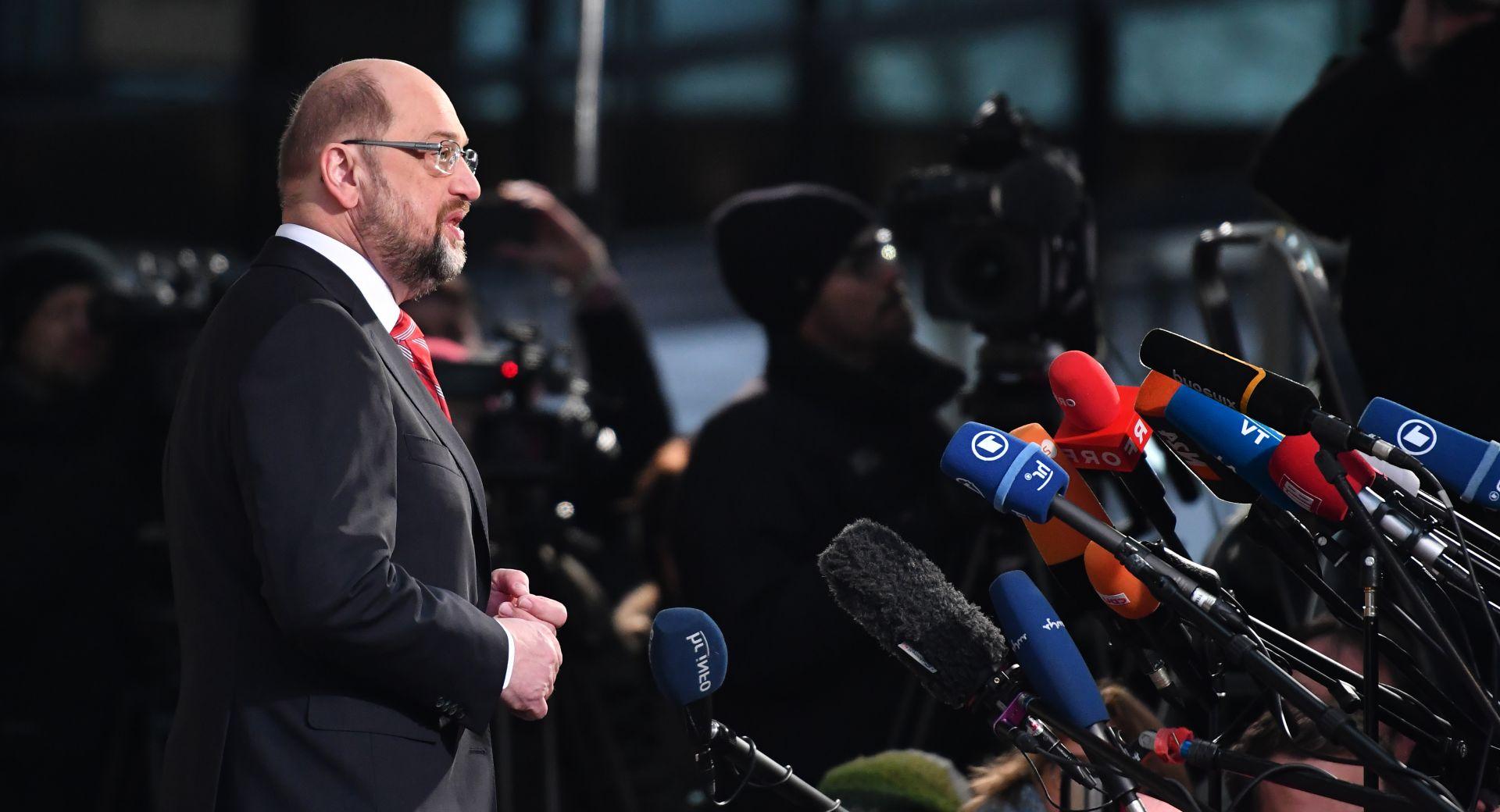 Njemački demokršćani i socijaldemokrati zadovoljni početkom pregovor