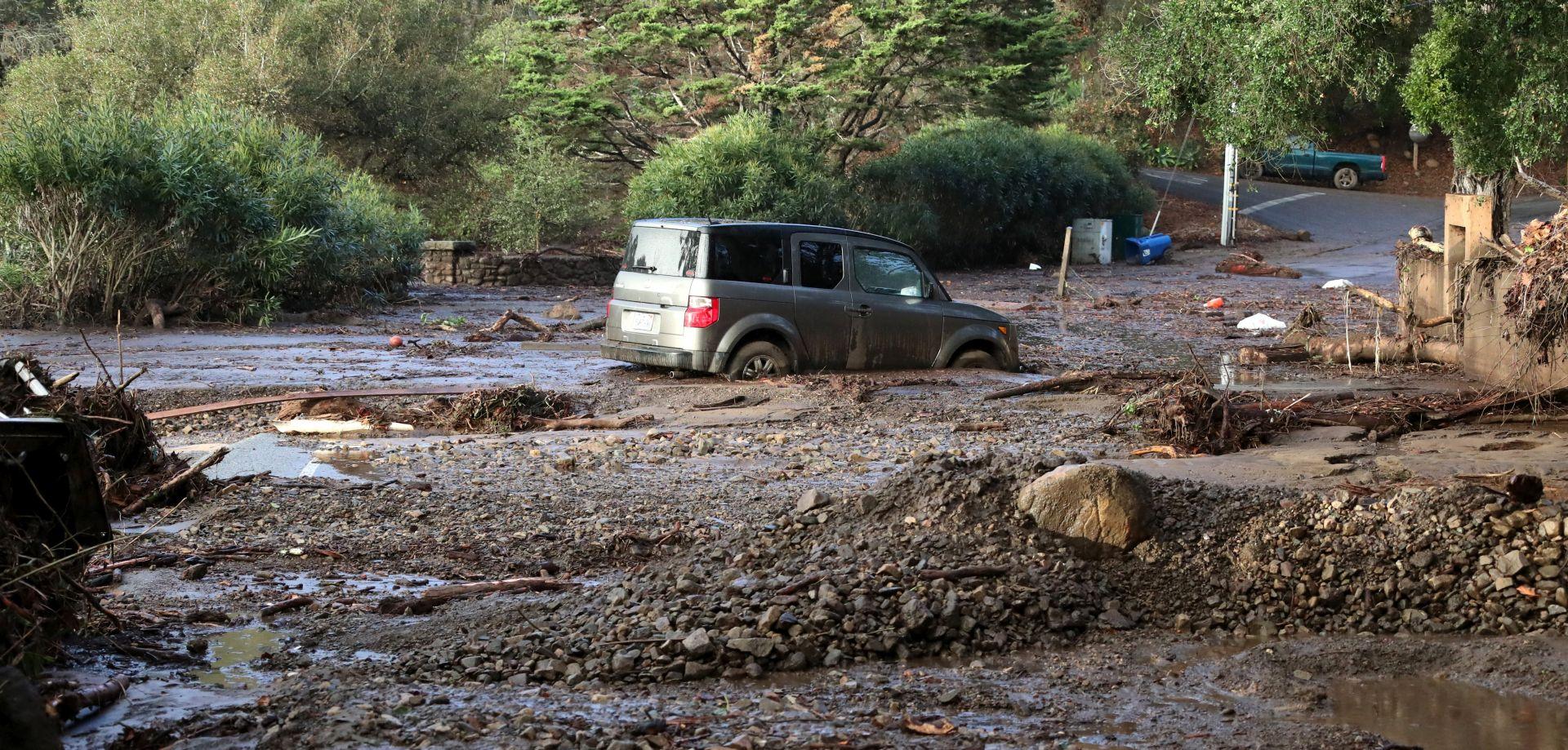 Najmanje 13 poginulih u odronima blata u Kaliforniji