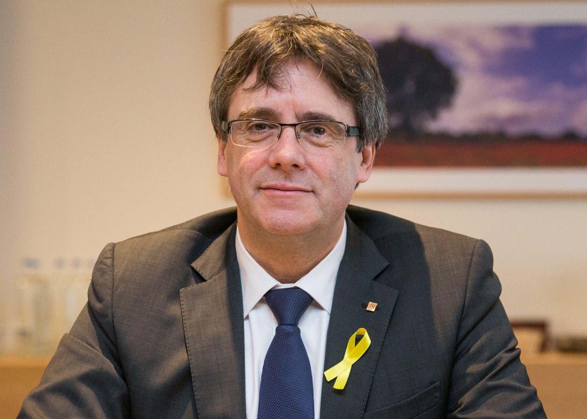 Puigdemont prepustio mjesto predsjednika Katalonije pritvorenom čelniku