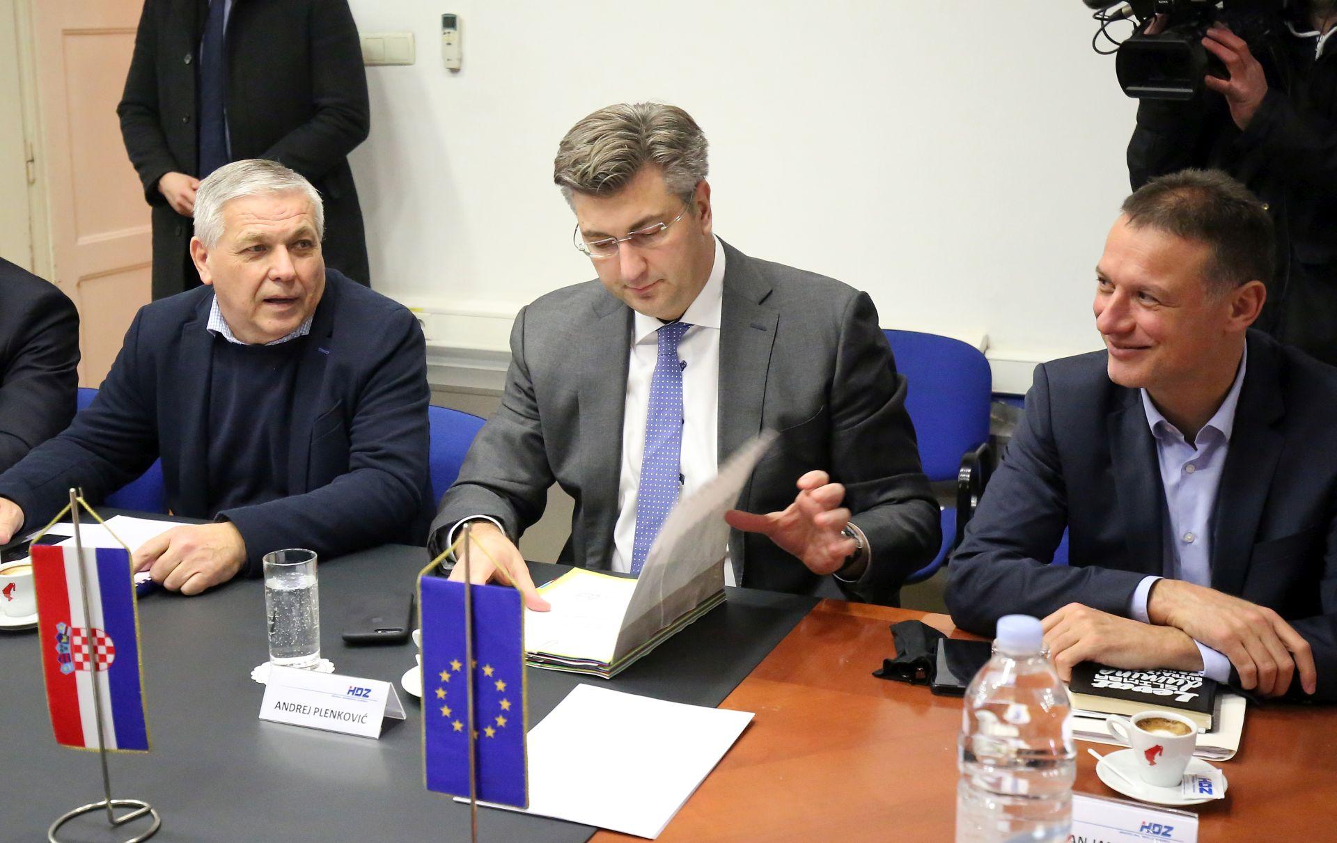 Plenković: Potresi su u komentarima, ali ne i u HDZ-u