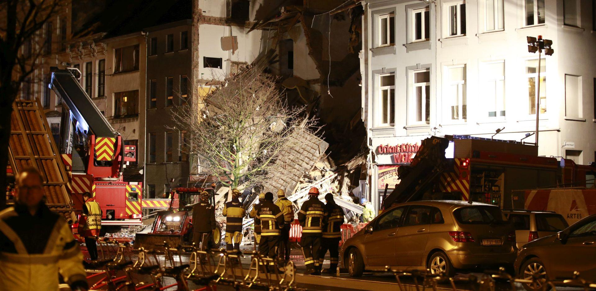 Iz ruševina zgrada u Antwerpenu izvučena dva trupla