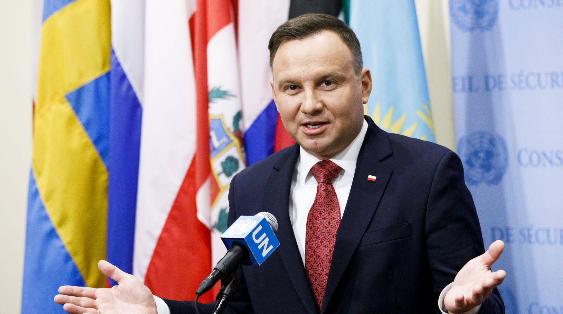 Uoči izbora poljski predsjednik obećao nezaposlenima velike naknade