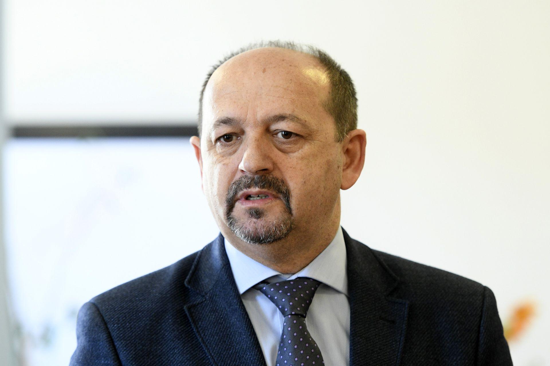 Lovrinović: Pripremamo rješenje problema blokiranih