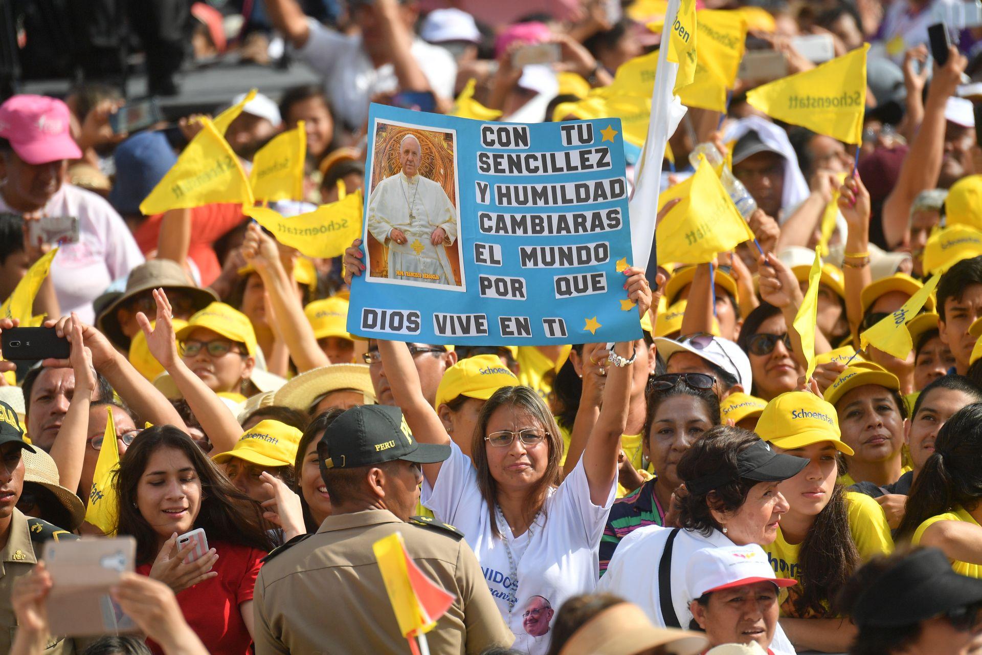 Papa pozvao na borbu protiv pošasti ubojstava žena