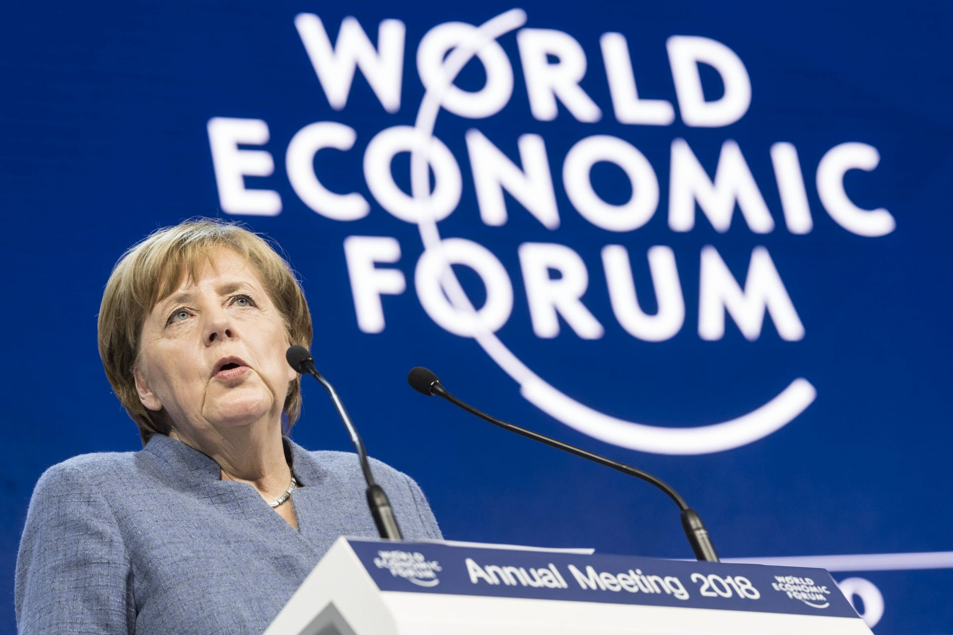 Merkel u Davosu promovira ujedinjenje vanjske politike EU