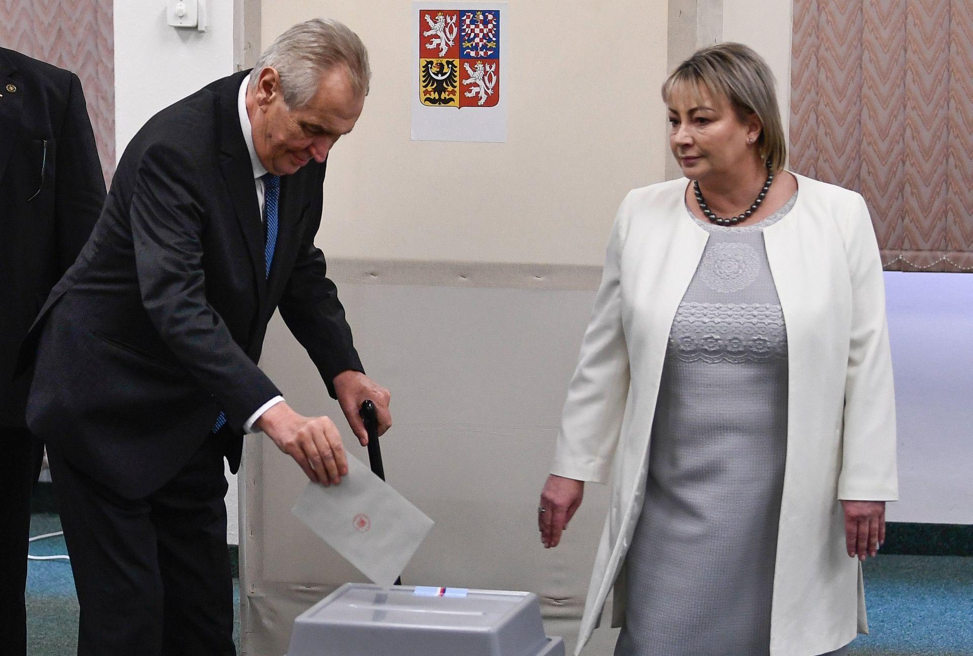 Zeman dobio drugi mandat