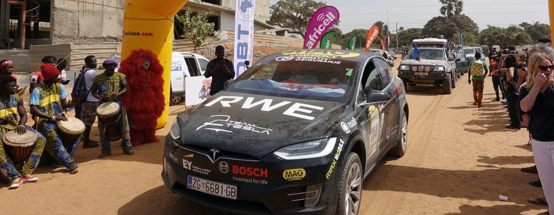 Hrvatski Team Tesla ušao u cilj Budapest-Bamako relija
