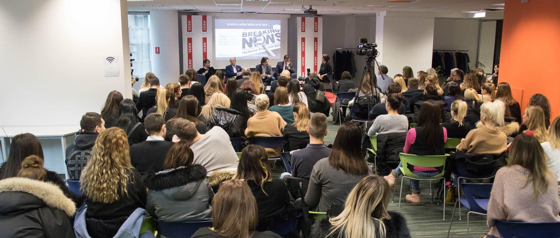 FOTO: VERN' Održan panel o fenomenu širenja i utjecaja lažnih vijesti
