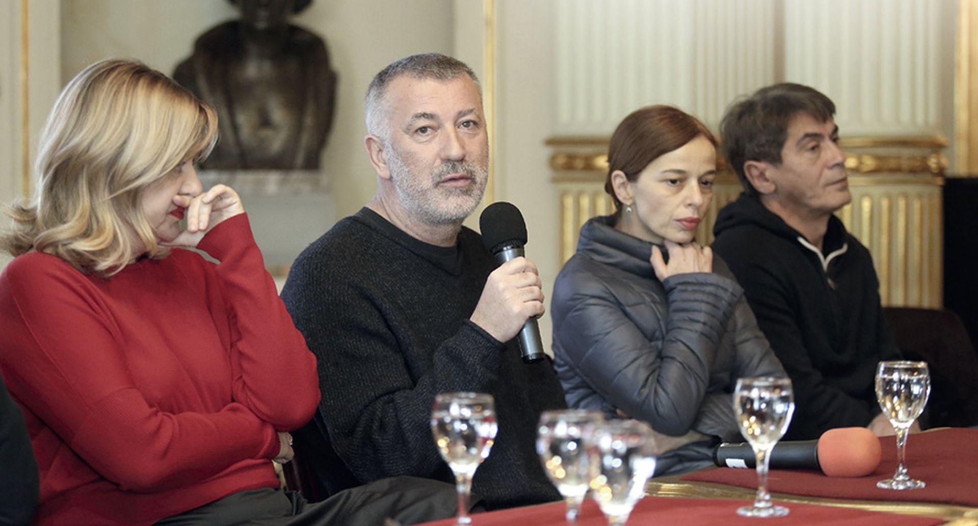 Dramski prvaci HNK: 'Ne bojimo se osvete ultradesnice'