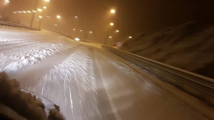 """NESTRPLJIVA MOST-ovka NE LJUBI SNIJEGA: """"Hrvatske autoceste, kako ide kava?"""""""
