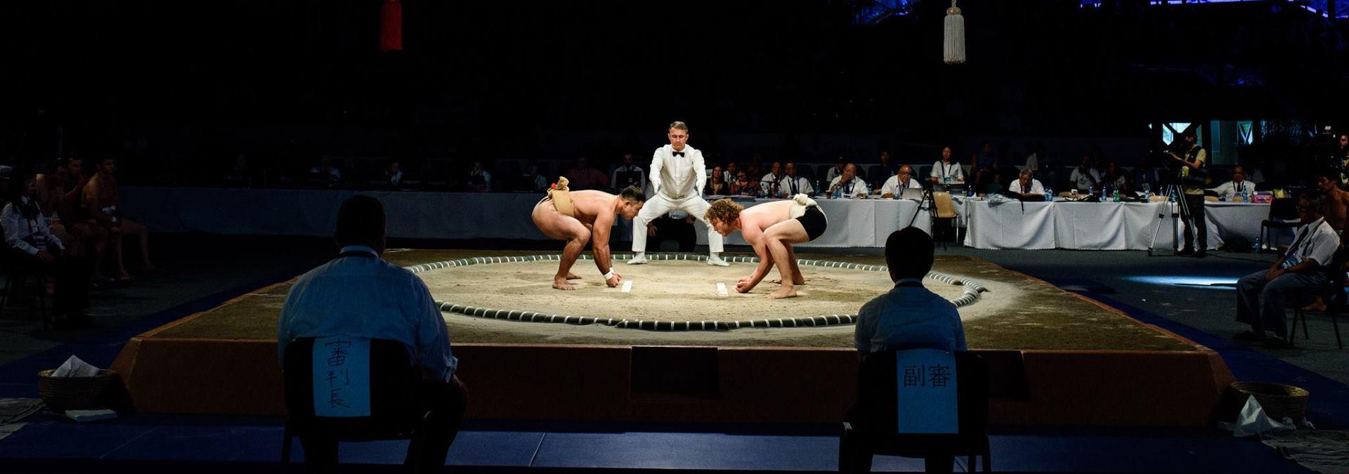 VIDEO: Tradicionalan novogodišnji običaj Sumo boraca