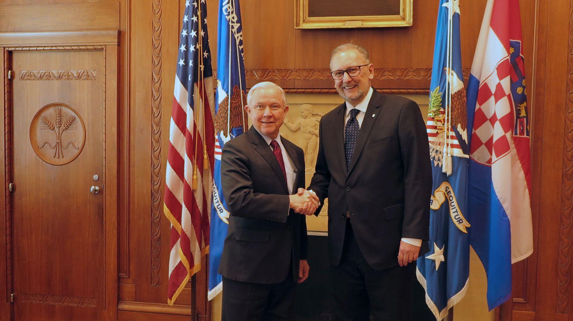 BOŽINOVIĆ: Jačanje suradnje s američkim ministarstvima pravosuđa i domovinske sigurnosti