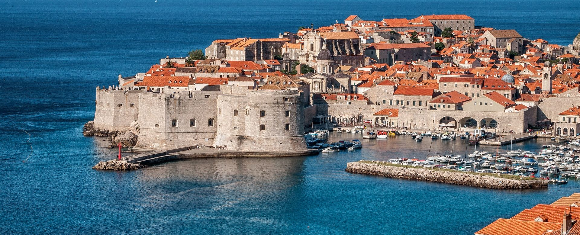 Dubrovnik u društvu Mount Everesta