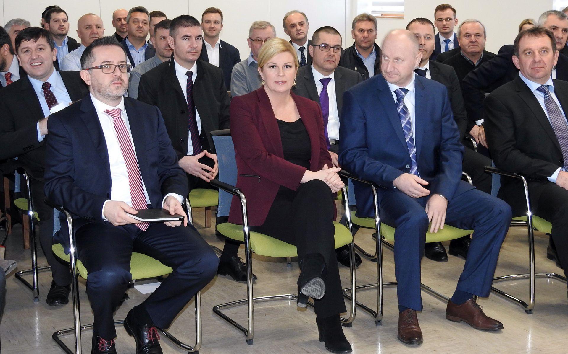 """VIDEO: GRABAR KITAROVIĆ: """"Gospodarstvo mora počivati na izvozu"""""""